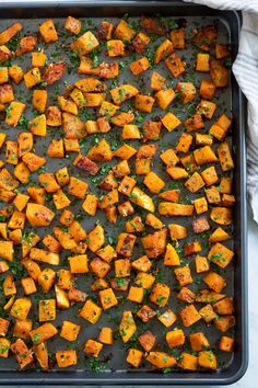 Roasted Butternut Squash is an essential, healthy fall side dish! It has a mildly sweet, slightly nutty, buttery flavor and a delicious creamy texture. Vegetable Side Dishes, Vegetable Recipes, Acorn Squash Recipes Healthy, Oven Roasted Butternut Squash, Butternut Squash Recipies, Cooking Herbs, Cooking Tips, Garlic, Healthy Dinners