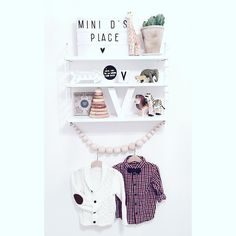 """Vinnies christmas outfit and more...www.modette.se/idamarie  @lindexofficial @ecolivia @cirkusfabriken #woodenstory #stinghylla #lightbox…"""