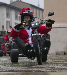 Santa Claus Drift Trike