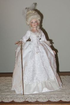 """Porcelain Ball Jointed Marie Antoinette Doll 15"""" made in America by Sonja Bryer"""