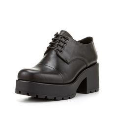 """""""Schwarz, ja schwarz sind alle meine Schuhe!"""" ;) #vagabond #schuhe"""