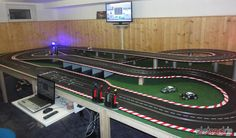 Slot Car Race Track, Slot Car Racing, Slot Car Tracks, Slot Cars, Rc Cars, Citroen Ds, Car Racer, Pista, Lego