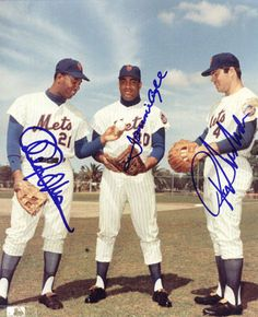 PICTURES 1969 NY METS CLEON JONES - TOMMY AGEE -                 RON SWABODA