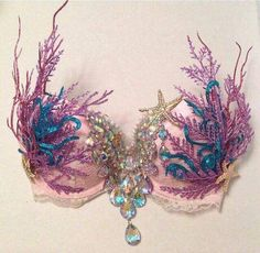 With so much evolving in fashion and style, bras too have got itself a signature mermaid style recently. Get your mermaid bra right away to feel like a mermaid right away. Discover some real amazing mermaid bras below. Mermaid Tails, Mermaid Scales, Jolie Lingerie, Hot Lingerie, Costume Halloween, Couple Halloween, Halloween Crafts, Toddler Halloween, Samba