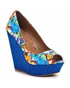 Wedges, Shoes, Fashion, Moda, Zapatos, Shoes Outlet, Fashion Styles, Shoe, Fashion Illustrations