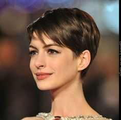 20 Easy Short Haircuts for Women: Everyday Hairstyles - PoPular Haircuts Easy Everyday Hairstyles, Cute Hairstyles For Short Hair, Pixie Hairstyles, Hairstyles 2016, Braided Hairstyles, Short Cropped Hairstyles, Classy Hairstyles, Ladies Hairstyles, Wedge Hairstyles