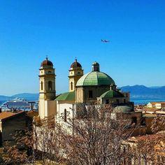 by http://ift.tt/1OJSkeg - Sardegna turismo by italylandscape.com #traveloffers #holiday | Cagliari città meravigliosa Chiesa di Sant'Anna aereo sul cupolone nave da società in porto e eee tanto blu attorno #igw_skyline #igers #lanuovasardegna #igersitalia #sardegna #mondo #focussarde #instagram #instagramsardegna #sardinia_exp #sardiniamylove #cagliariturismo #igerscagliari #fotografia #sardegnaofficial #foto_italiane #lovessardegnanature #lovessardegnanature #instag #vivosardegna #natgeo…
