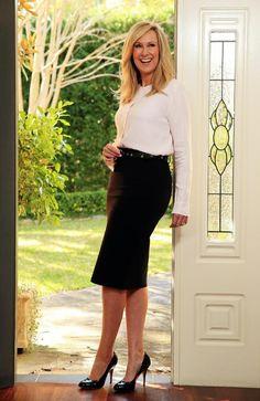 Melissa Doyle: A Lady Of True Grace, Knowledge And Stardom Reveals Alot! Knowledge, Take That, Lady, Pencil Skirts, Beautiful, Women, Fashion, Moda, Consciousness