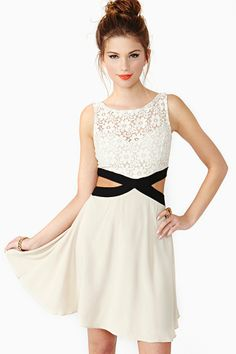 Daisy Laced Dress