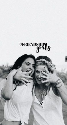 Trendy Wallpaper Riverdale Friends – Netflix Movies – Best Movies on Netflix – New Movies on Netflix Riverdale Tumblr, Memes Riverdale, Riverdale Poster, Kj Apa Riverdale, Riverdale Netflix, Riverdale Aesthetic, Riverdale Betty, Riverdale Funny, Betty Cooper