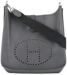 Hermès 1999 pre-owned Evelyne I GM Shoulder Bag - Farfetch Vintage Bags, Vintage Items, Hermes Vintage, H Logos, Back Day, Hermes Handbags, Logo Stamp, Fashion Bags, Leather Bag