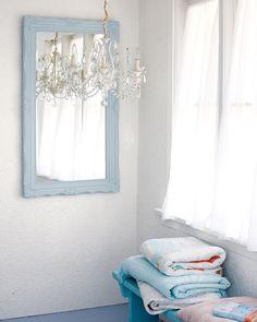 pale blue & white ♥
