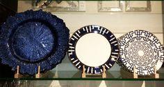 27 Pretty Plates for Spring #SpringtimeDecor #NavyPlates #PrettyPlates