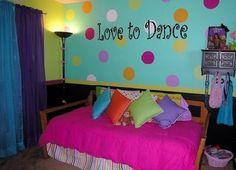 polka dot room ideas for girls - Bing Images Teen Bedroom Designs, Bedroom Decor For Teen Girls, Teenage Girl Bedrooms, Little Girl Rooms, Bedroom Themes, Bedroom Ideas, Bedroom Stuff, Teen Rooms, Kid Bedrooms