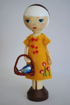 Pin Doll Stands - Peg doll, clothespin doll, pin doll supplies. $4.00, via Etsy.