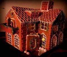 Adorable gingerbread house