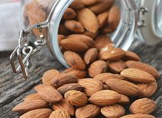 It's no surprise that when it comes to almonds, these little guys pack a big punch! Butter Spread, Blanched Almonds, Stone Fruit, Bone Health, Nutrition Plans, Almond Recipes, Nut Butter, Superfoods, Arthritis