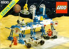 I still have the most part of this supply space station of Lego, I loved to play with this set!