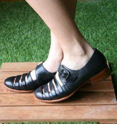 ZIPPY :: SHOES :: CHIE MIHARA SHOP ONLINE