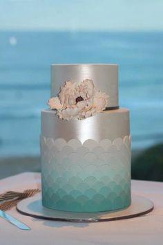 Silver & Aqua Ombre cake with fish scales design
