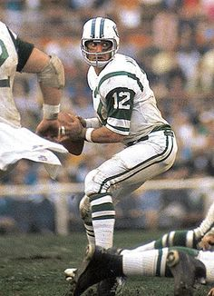 New York Jets quarterback Joe Namath looks to pass against the Baltimore Colts. Broadway Joe's team backed up his victory guarantee as New York upset the heavily favored Colts Namath completed 17 of 28 passes for 206 yards and was named Super Bowl MVP. Jets Football, Alabama Football, Nfl Jets, School Football, Football Players, American Football League, National Football League, Football Photos, Sports Photos