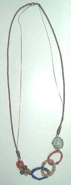 Colar longo - pedras, elos de linha e couro - Coleção Boho