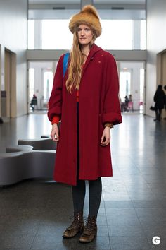 What her outfit taught us: To think outside the beanie. Via Groupon - Street Style: Fashions at MCA Chicago