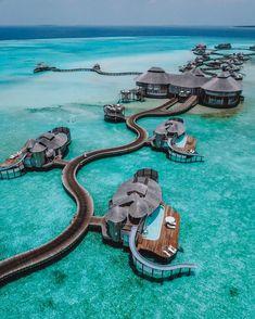 Soneva Maldives A Tropical Wonderland salty luxe Soneva Maldives Ein salziger Luxus im tropischen Wunderland Vacation Places, Dream Vacations, Vacation Spots, Vacation Destinations, Romantic Vacations, Italy Vacation, Romantic Travel, Maldives Resort, Maldives Travel