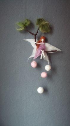 ** Märchenhaftes Mobile**  Fee auf einem Ast von Giodali auf DaWanda.com