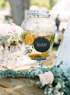 Yummy infused water: http://www.stylemepretty.com/little-black-book-blog/2015/11/23/sun-splashed-hammersky-vineyard-wedding/ | Photography: Josh Gruetzmacher - http://www.joshgruetzmacher.com/: