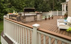 When planning for a deck build, it's important to consider everything from your town's permit requirements to whether you should build an outdoor kitchen or entertainment area – or both! The Trex Deck Planning Basics guide lays everything out for you. Trex Railing, Composite Deck Railing, Trex Decking, Diy Deck, Deck Patio, Outdoor Patios, Outdoor Decor, Deck Building Plans, Deck Plans