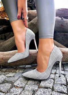 Unique Classic Shoes from 23 of the Stylish Classic Shoes collection is the most trending shoes fashion this season. This Classic Shoes look related to shoes, heels, zapatos and highheels was… Pump Shoes, Shoe Boots, Women's Shoes, Shoes Sneakers, Ankle Shoes, Women's Dress Shoes, Red Shoes, Grey Shoes Heels, Flats