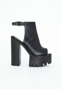 995d0e883a2f Mirella Extreme Platform Buckle Sandals - Footwear - Heels - Missguided  Missguided
