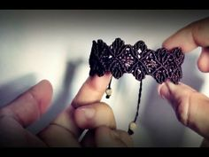 Macramé Double Wave Bracelet Tutorial in Vintage Style with Beautiful Blue Danube by Strauss. Please watch more free beaded macrame bracelet tutorials in jew. Macrame Colar, Macrame Bracelet Patterns, Macrame Bracelet Tutorial, Macrame Necklace, Macrame Patterns, Macrame Jewelry, Macrame Bracelets, Bracelets Crafts, Macrame Knots