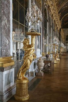 ♔ Hall of Mirrors in Palace of Versailles