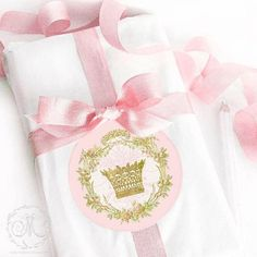 Archives - Page 26 of 29 - Bridal Shower Ideas - Themes Printable Bridal Shower Games, Bridal Shower Favors, Bridal Shower Decorations, Bridal Shower Invitations, Princess Bridal Showers, Baby Shower Princess, Pink Tablecloth, Purple Cupcakes, Princess Party Decorations