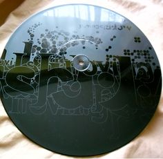 Omni Trio Limited Edition Mix 12″ [Moving Shadow] etched vinyl