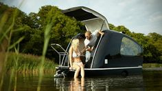 Sealander is the World's First Amphibous RV | Gearrific