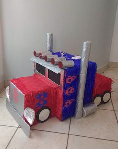 Transformers piñata!!! Valentine Day Boxes, Valentines For Boys, Kids Party Themes, Party Activities, Transformers Birthday Parties, Transformer Birthday, Rescue Bots, Pinata Party, Diy Halloween Costumes
