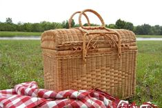 Cottagecore & Nature — I want to go on a picnic 🌱🌼🌻 Things I Want, To Go, Nature, Picnics, Outdoor, Outdoors, Naturaleza, Outdoor Games, Picnic