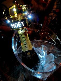 Nightlife Supplier offers the best party items, including champagne sparklers, bottle lights, and lots of other wedding party and nightclub supplies! Bottle Sparklers, Foto Snap, Crown Bottle, Tn Nike, Alcohol Aesthetic, Absolut Vodka, Alcohol Bottles, Moet Chandon, Cheap Wine