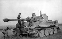 "42 Top images of the Panzerkampfwagen V Tiger I and Tiger II ""Königstiger"" (Sd. Tiger Ii, Ww2 German, German Army, Ferdinand Porsche, Army Vehicles, Armored Vehicles, Mg 34, Patton Tank, Tiger Tank"
