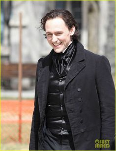 @HollowCrownFans: Tom Hiddleston in period costume on set for Crimson Peak!