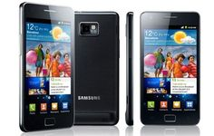 Samsung Galaxy S II   Exprésate en color!. Su pantalla brillante te ofrece la MEJOR gama de color, un alto contraste y lo último en nitidez de imagen.