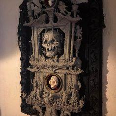 skull timepiece from shallowgravestudios