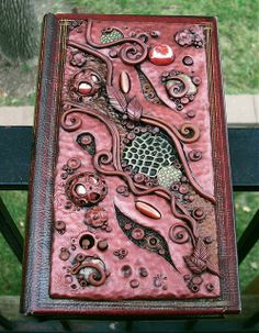 Secret Compartment Book Safe by MandarinMoon, via Flickr