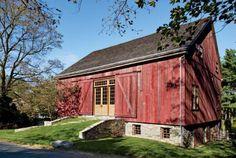 http://www.standout-cabin-designs.com/barn-homes.html. Photo by Matt Wargo.