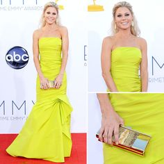 Julie Bowen at the Emmys 2012 - I'm impressed with this bold color choice!