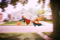 Awesome Halloween Photos: Flying Superman and Wonder Woman