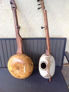 gourd banjos by Stephanie Lipkowitz